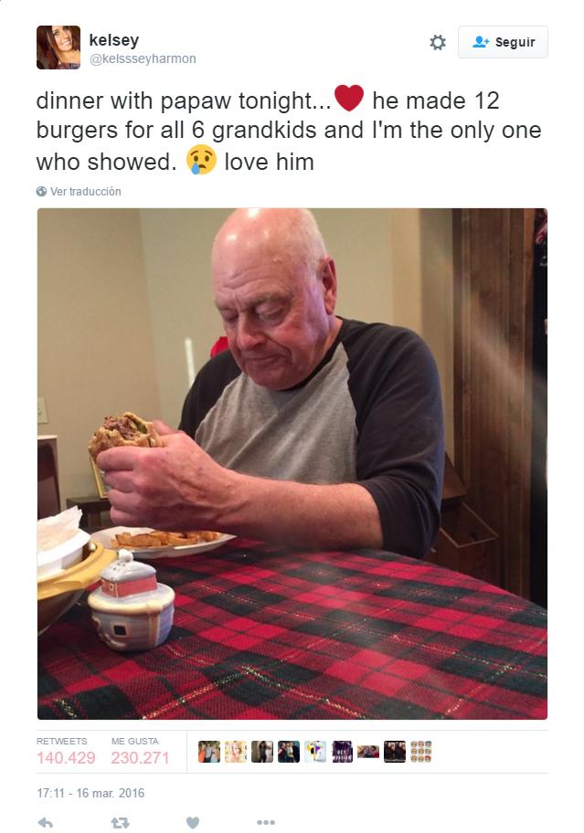 Twitter llora por este abuelo: cocinó para sus nietos y ellos nunca aparecieron