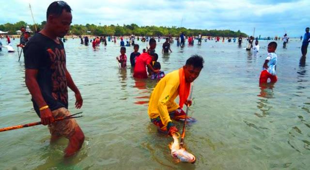 Budaya Tangkap Ikan Tradisional (Wer Warat) dan Festival Pesona Meti Kei