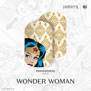 DC Wonder Woman with her signature starred tiara and striking hair stand out in this white-and-gold mixed-mani, 'Demigoddess'.   © DC Comics. (s17) Noel Giger Jamberry #DemigoddessJN