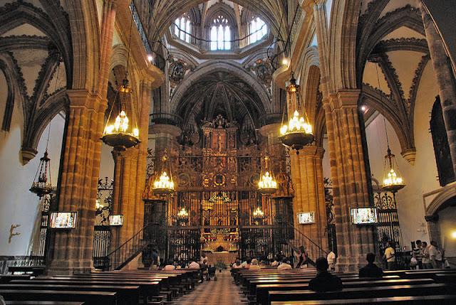 Basílica del Real Monasterio de Santa María de Guadalupe, Cáceres