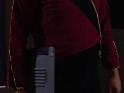 TNG season 1 admiral uniform - no front pleats