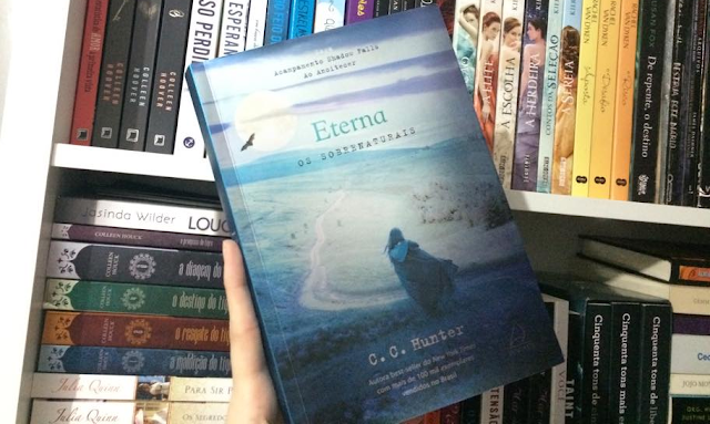 [Resenha] Eterna | C. C. Hunter  @grupopensamento