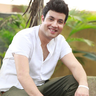 Varun Sharma age, facebook, actor, biography, family background, married, parents, mother name, father, upcoming movies, new movie, fukrey, in dilwale, tv actor, instagram
