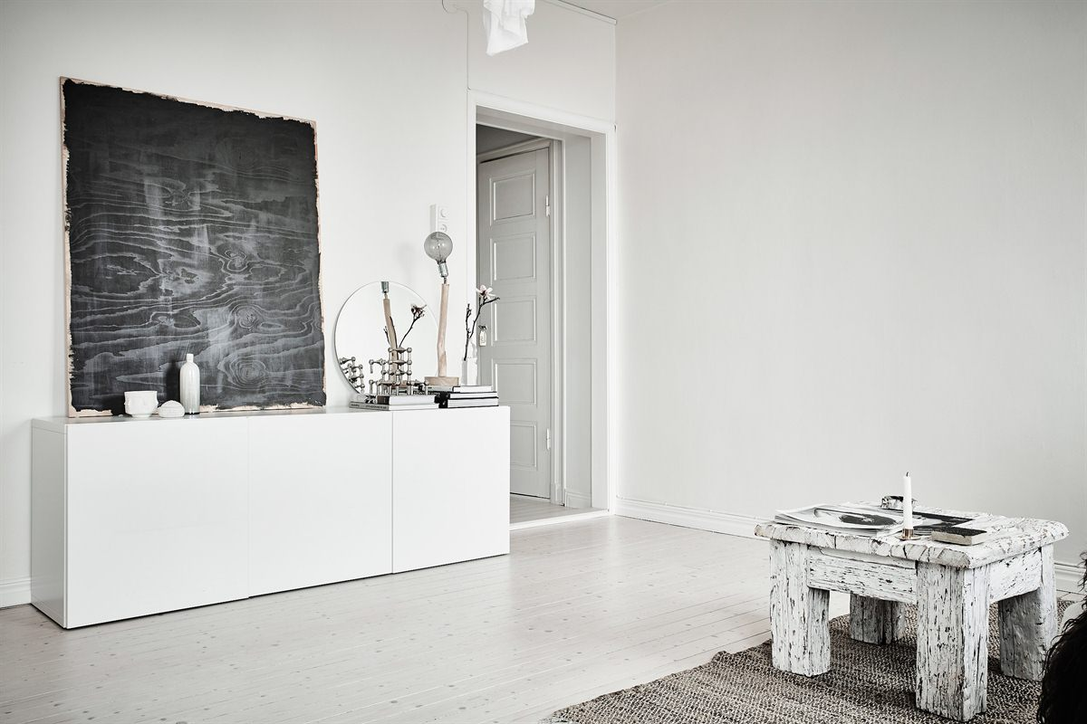 Pure nordic style apartment in sofiagatan stockholm
