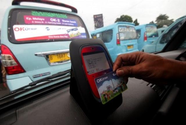 Sopir Angkot Ok Otrip di Gaji UMR dan Dapat Bonus
