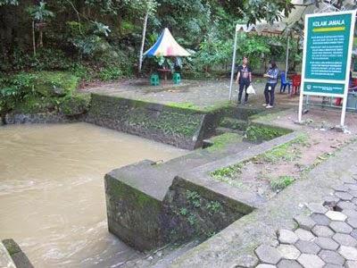 Kolam Jamala di Taman Nasional Bantimurung, Sulawesi Selatan