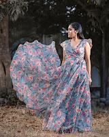 Rashmi Gautam Latest Photo Shoot HeyAndhra.com