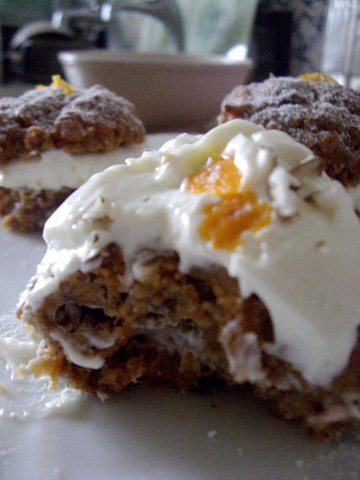 Bake N Beebz Mini Zesty Carrot Cakes