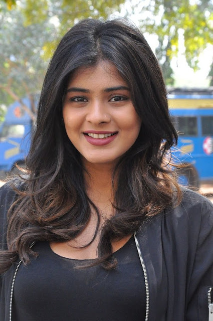 Actress Hebah Patel Hot Latest Stills, Photos 2016