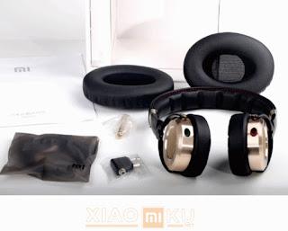 satu set xiaomi mi headphones