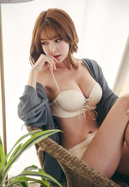 Hot girls Beauty Girls sexy body Korean Model Yoon Ae Ji