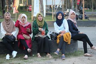 Jadi Baru Kebumen 2018 Tour To Bandung, Best Momen- liburan bersama temen kerja ke kawah putih bandung