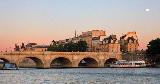 Pont Neuf em Paris (Ponte Nova)