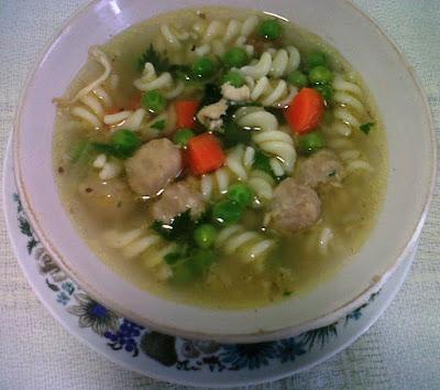 Resep Sup Macaroni Ayam Kacang Polong