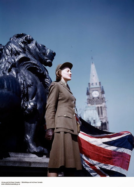 A Canadian WAC, color photos worldwartwo.filminspector.com