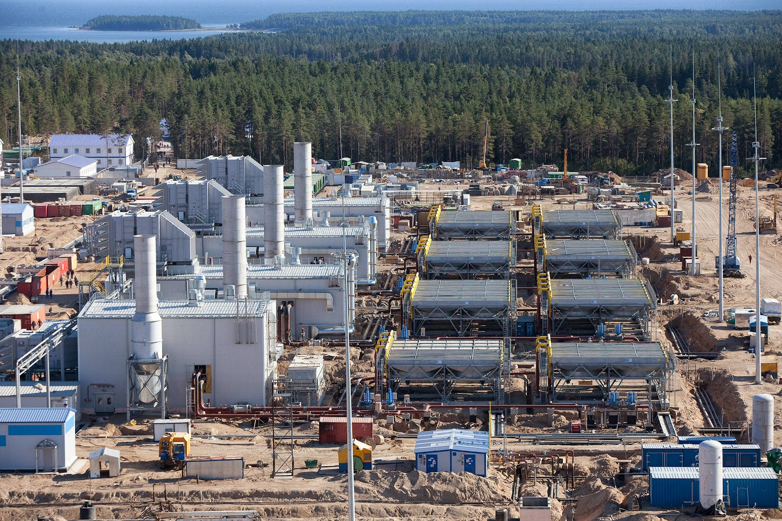 Natural Gas Facts Contents  Compressor Stations