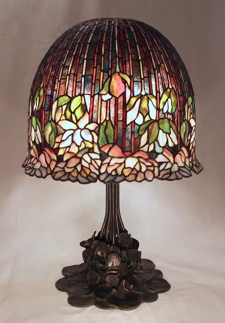 18 Flowering Lotus Lamp