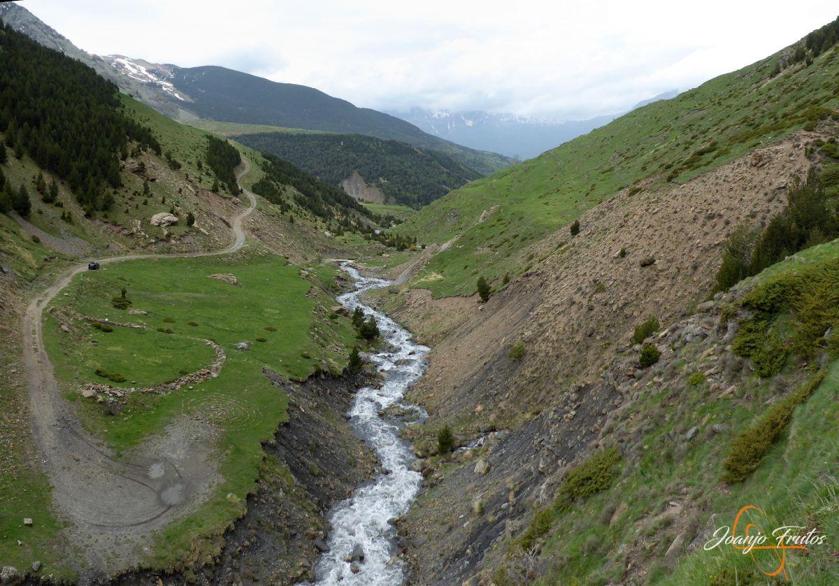 Panorama%2B1 - Ruta Las Tres Cascadas de Cerler con mucha agua