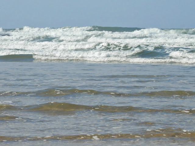 The sea and waves at Mawgan Porth beach, Cornwall