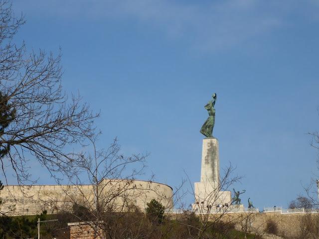 statue de la Liberté Gellérthegy Budapest Hongrie