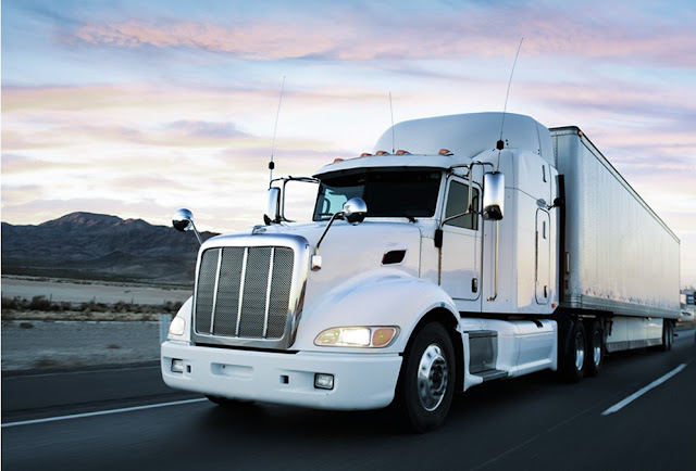 truck dispatching for drivers, independent dispatching services, looking for a freight dispatcher, how to dispatch trucks, Semi Truck Dispatcher, Dry Van dispatcher, Flatbed dispatcher, trucks,