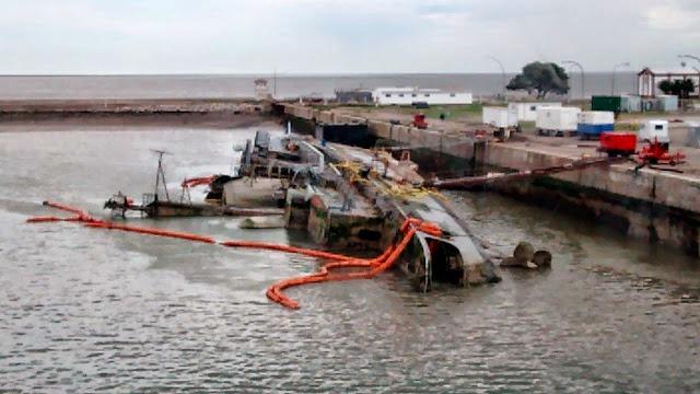 """Resultado de imagen para destructor Tipo 42 ARA """"Santísima Trinidad"""""""