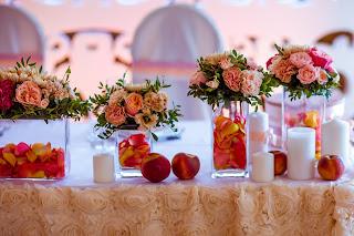 свадьба с персиками