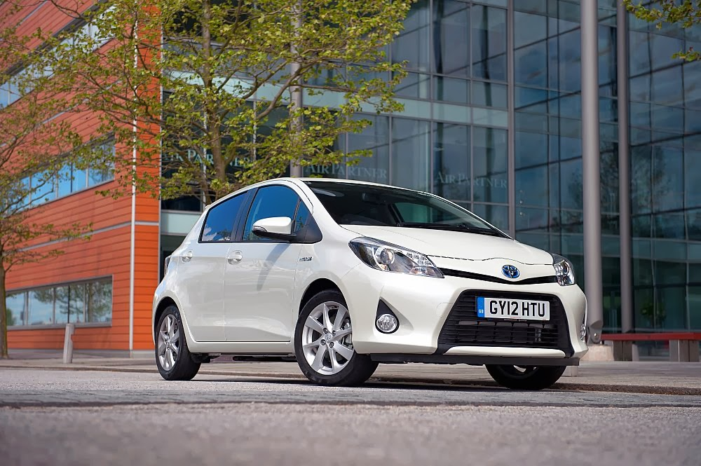 Toyota To Increase Yaris Hybrid Production 200 000 For 2017