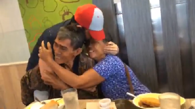 OFW surprises parents with sweet homecoming after 5 years working abroad