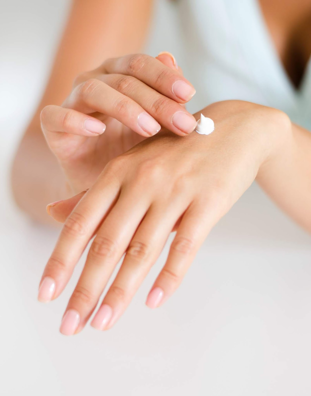 Keep Skin Moisturized - Daily Practices to Prevent Acne
