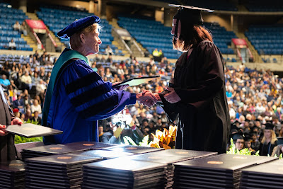 UIS releases complete list of 2019 graduates