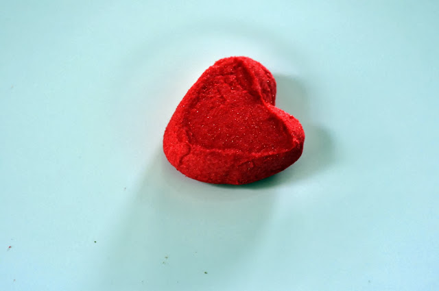 PEEPS® Strawberry Crème-Flavored Marshmallow Heart | Taste As You Go