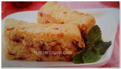 Resep Roti Cake Buah Strawberry