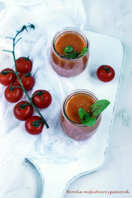gazpacho, pomidory, zupa, chlodnik, bernika, kulinarny pamietnik