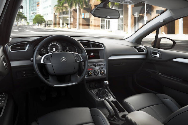 Citroen C4 Lounge 2017 Origine - interior