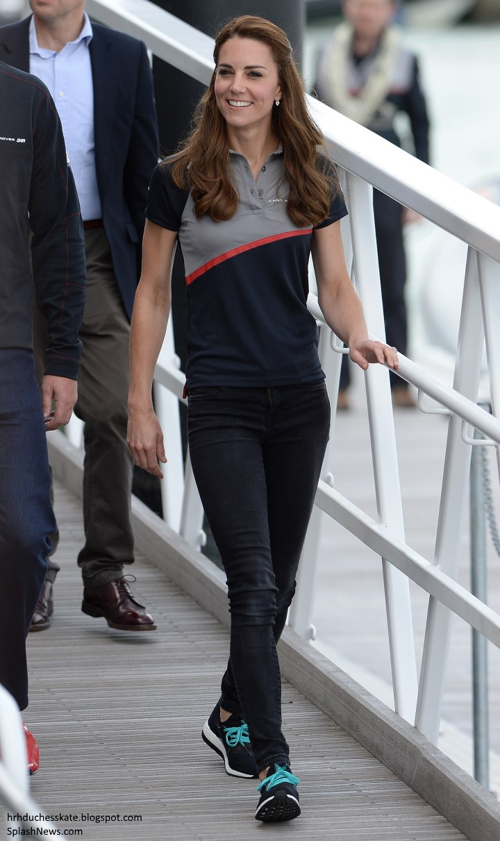 190daedd31c Duchess Kate: William and Kate Return to Portsmouth for America's ...