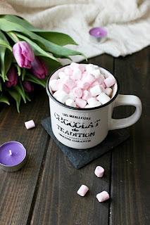 Горещ шоколад с маршмелоу