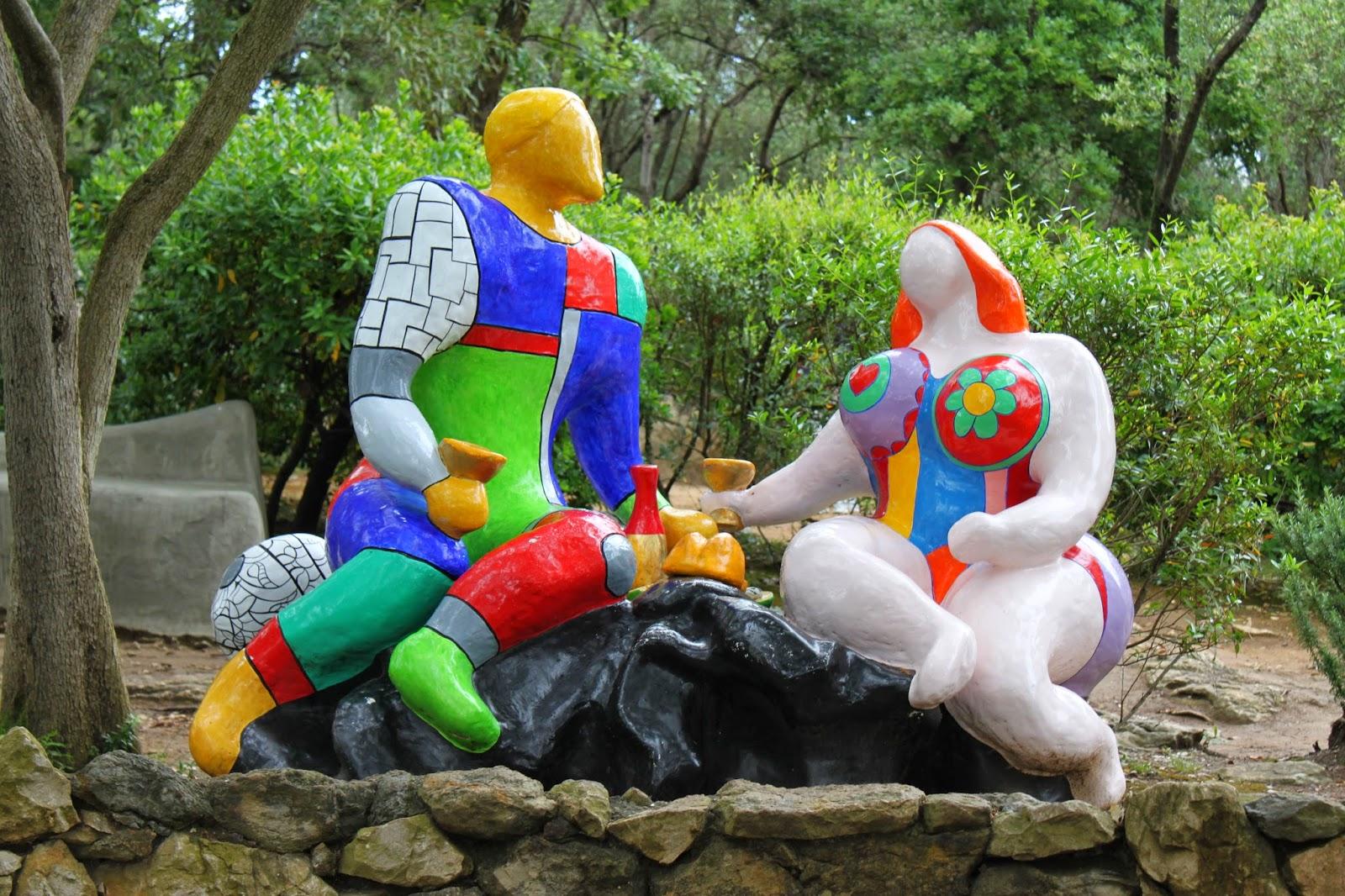 Curiosidad un jard n de tarot el arte impactante de - Jardin tarots niki de saint phalle ...