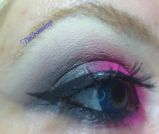 eye_makeup_look_bold_fuchsia