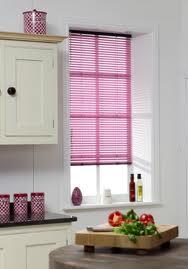 Pilihan Warna Yang Cerah Dapat Membantu Ruang Dapur Kita Kelihatan Lebih Besar Damai Cantik Dan Menawan