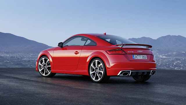 The new Audi TT RS Coupé