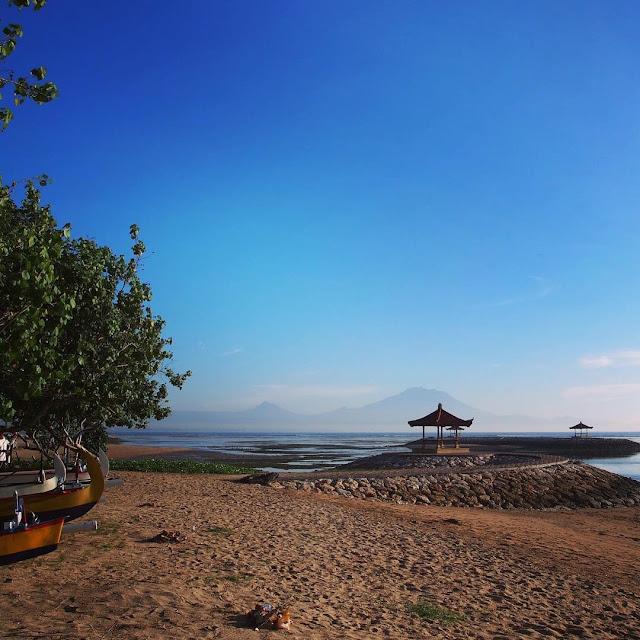 foto pemandangan indah pantai sanur