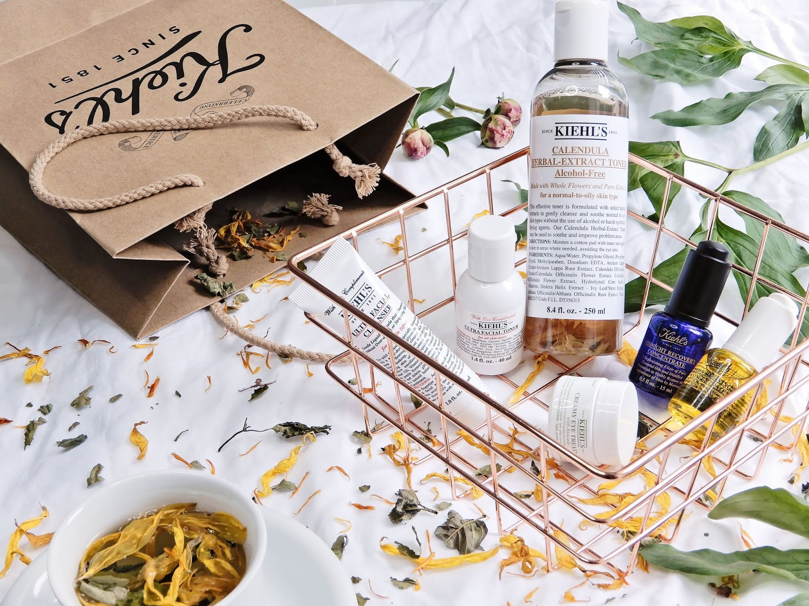 Kiehl's Calendula Herbal Extract Alcohol-Free Toner, Kiehl's Calendula Herbal Extract Alcohol-Free Toner opinia, Kiehl's Calendula Herbal Extract Alcohol-Free Toner recenzja, kiehl's tonik nagietkowy recenzja,