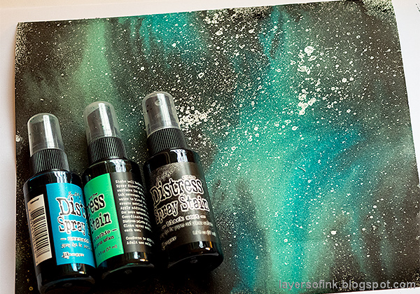 Layers of ink - Glow In The Dark Space Panel Tutorial by Anna-Karin Evaldsson. Misted Galaxy.