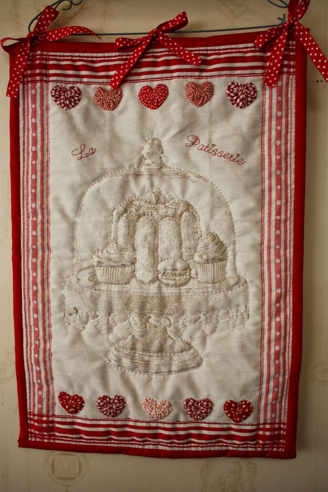 "Tea towel quilt ""La Patisserie"""