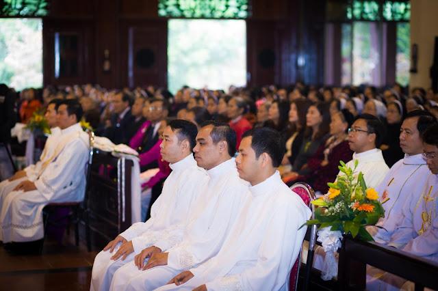 Lễ truyền chức Phó tế và Linh mục tại Giáo phận Lạng Sơn Cao Bằng 27.12.2017 - Ảnh minh hoạ 4