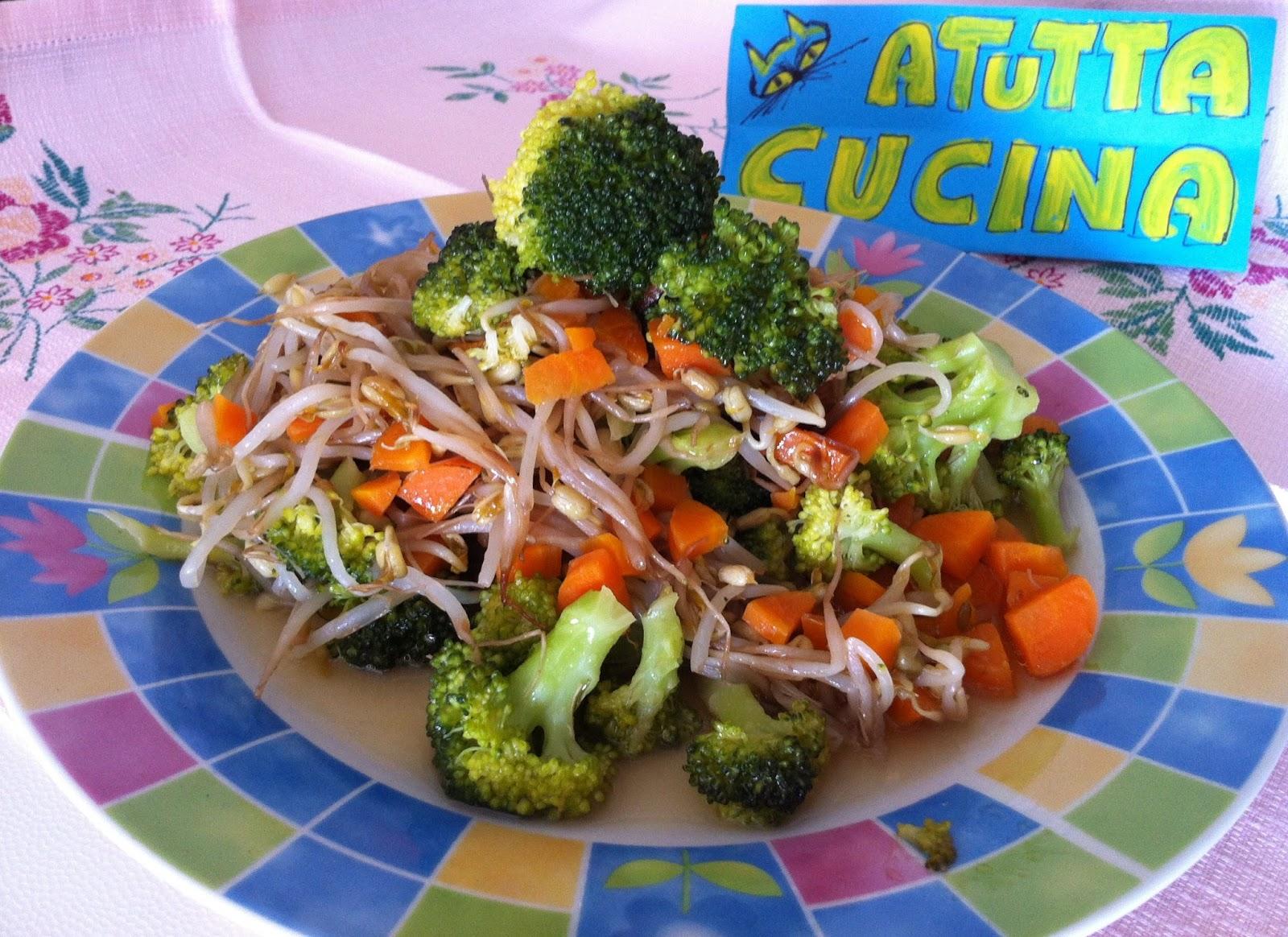 A tutta cucina spadellata di broccoli e germogli for Cucinare carote