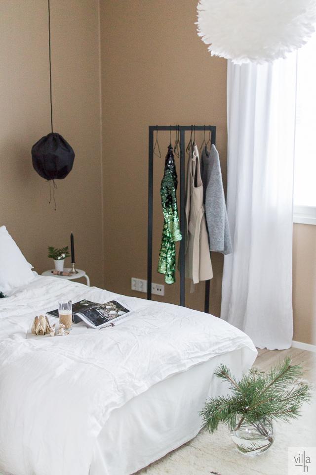 makuuhuone, sisustus, interior, hay design, kuu valaisin, skandinaviskhjem, nordiskehjem