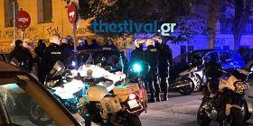 Συμπλοκή οπαδών στο κέντρο της Θεσσαλονίκης - ΒΙΝΤΕΟ