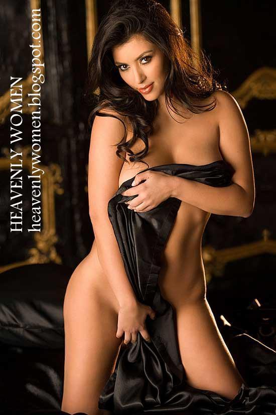 Hot Model Kim Kardashian Photo Gallery  Girl Nude-1719